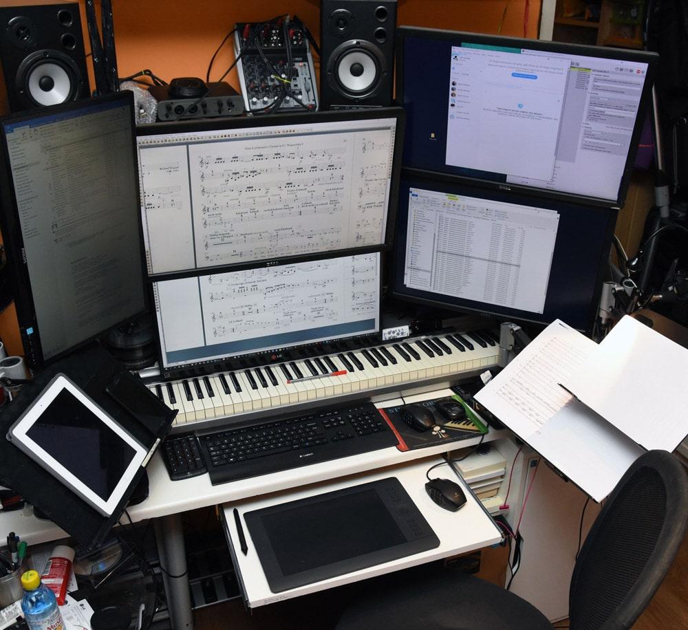 Kołodziej's workstation.