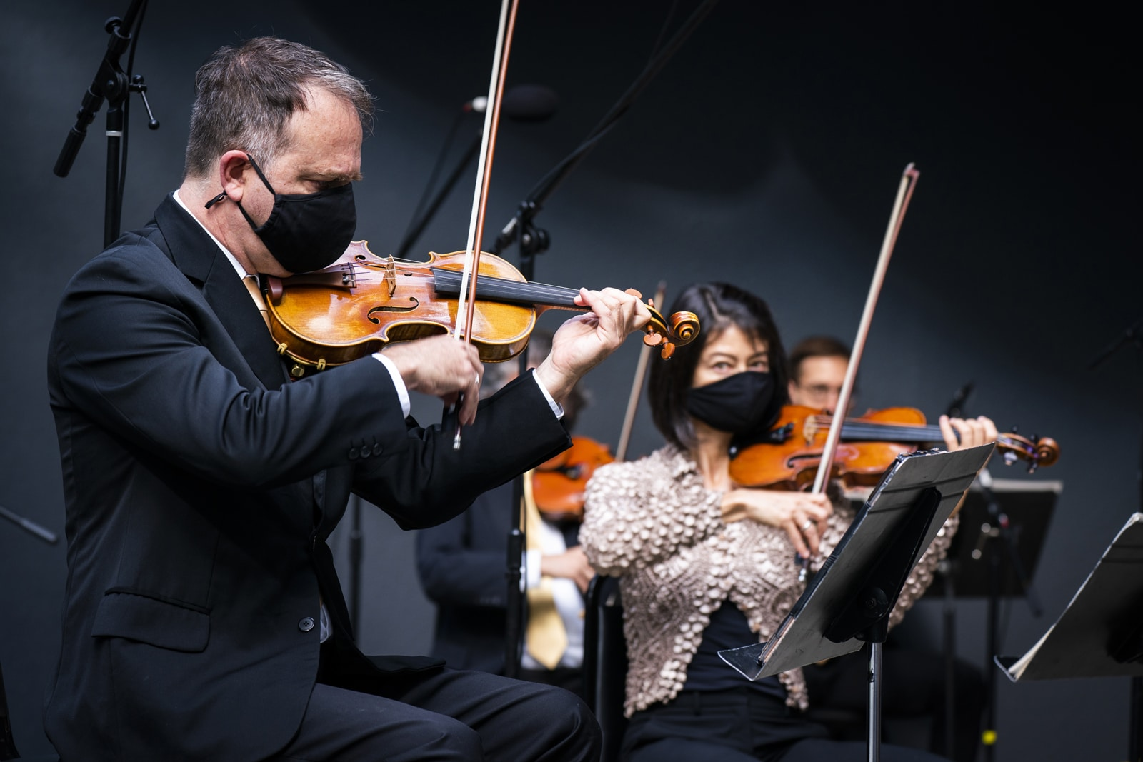 Members of the Orpheus Chamber Orchestra record Egmont—with CDC measures taken against COVID-19